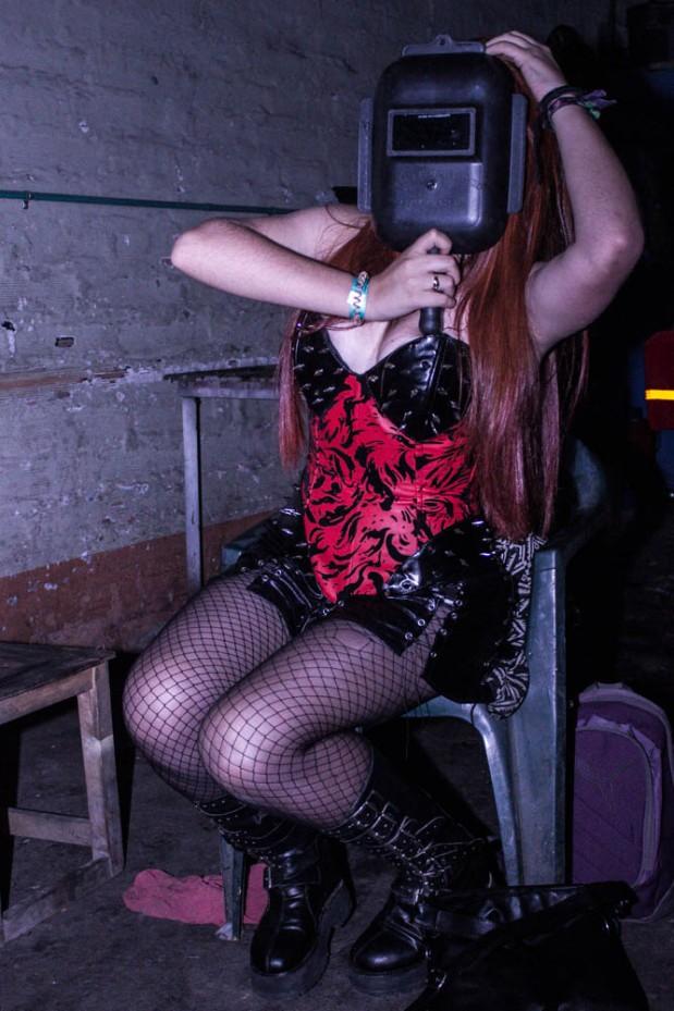 Chica Subterraneo - Bajo Asfalto (1)