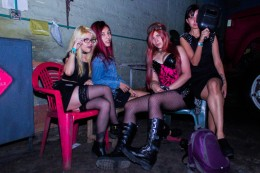 Chica Subterraneo - Bajo Asfalto (10)